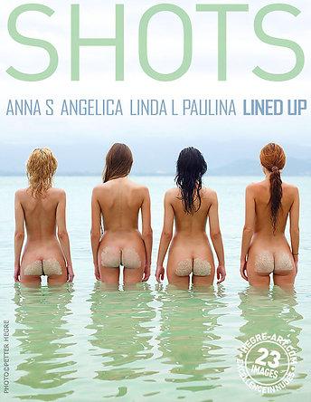 Anna S., Angelica, Linda L. y Paulina alineadas