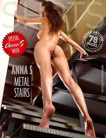 Anna S escalier en métal