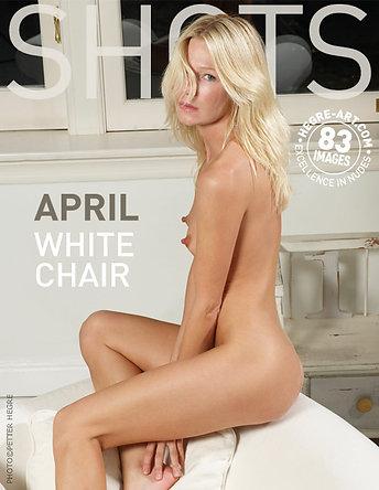 April weißer Stuhl
