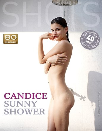 Candice douche ensoleillée