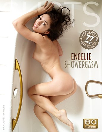 Engelie Douche & Orgasme