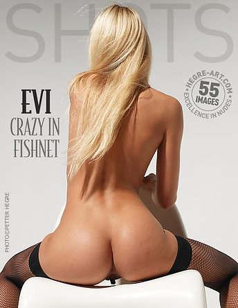 Evi crazy in fishnet