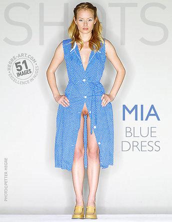 Mia blaues Kleid