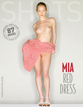 Mia rotes Kleid