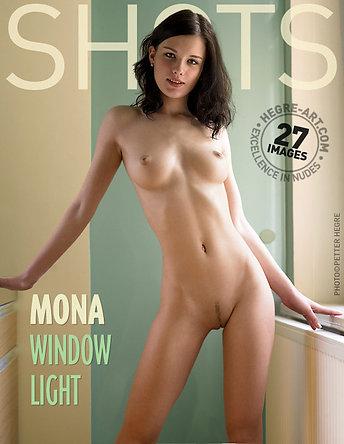 Mona luz de ventana