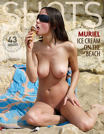 Muriel ice cream on the beach