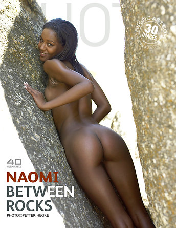 Naomi between rocks