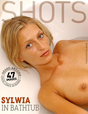 Sylwia dans la baignoire
