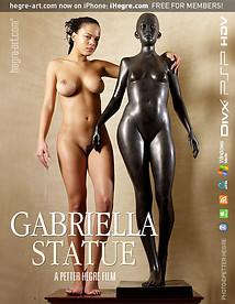 ガブリエラ 彫像