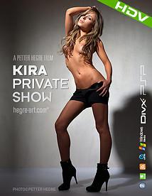 Kira Show privé