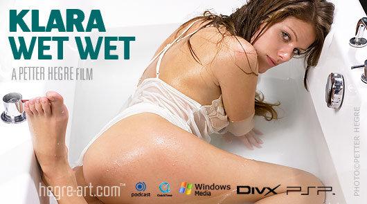 Klara Plus que mouillée