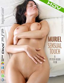 Muriel Toucher sensuel