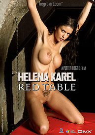 Helena Karel Table rouge