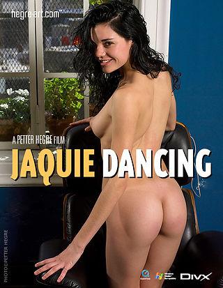 Jacqui Bailando