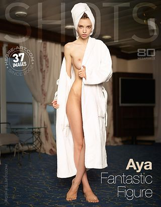 Aya fantastische Figur