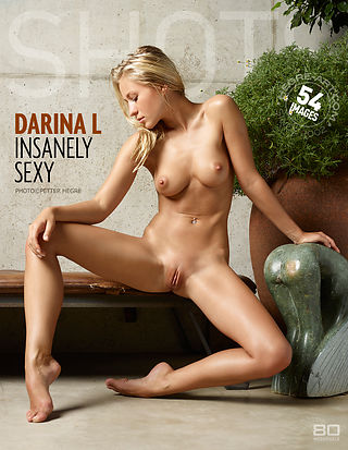 Darina L perturbadoramente sexy
