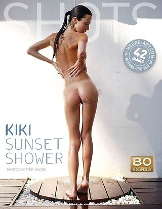 Kiki sunset shower