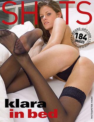 Klara im Bett