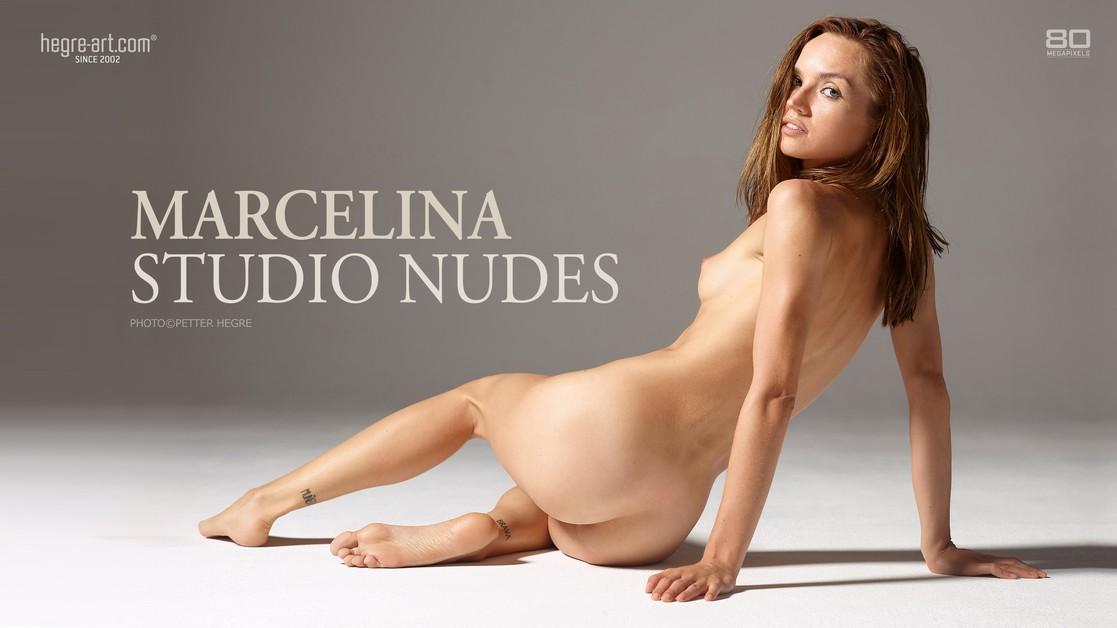Marcelina nu en studio