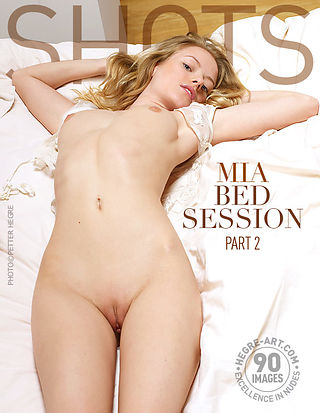 Mia bed session, part 2
