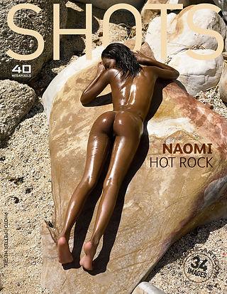 Naomi rocher chaud