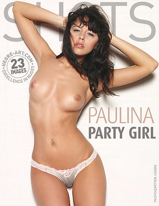 Paulina party girl