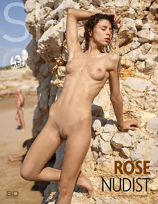 Rose nudist