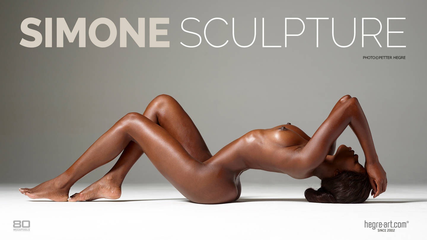 Simone sculpture