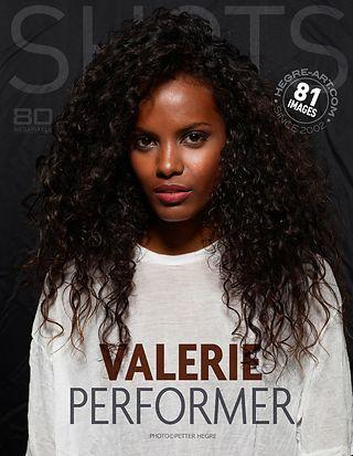 Valerie Performerin