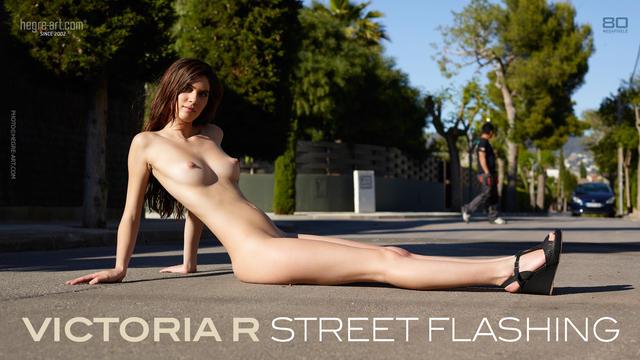 Victoria R street flashing