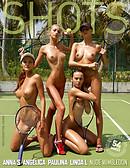 Anna S., Angelica, Paulina et Linda L. nu à Wimbledon