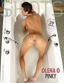 Olena O pinky