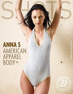 Anna S body de American Apparel