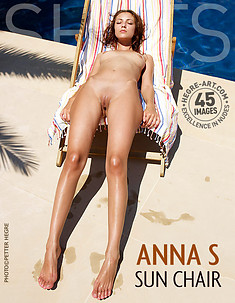 Anna S Sonnenliege