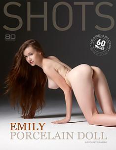 Emily Porzellanpuppe