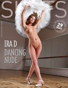 Ira D desnudo danzante