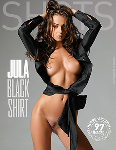 Jula black shirt