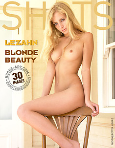 Lezahn blond beauty
