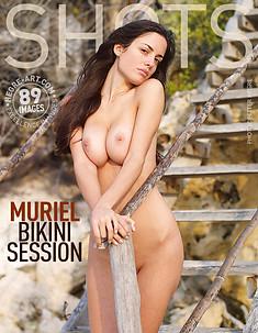 Muriel séance bikini