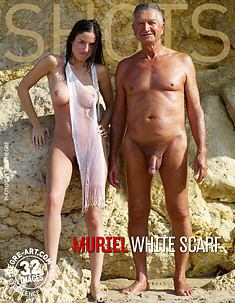 Muriel Weißer Schal