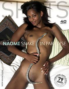 Naomi serpiente en el paraíso