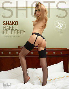 Shako celebridad desnuda