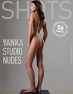 Yanka desnudos de estudio