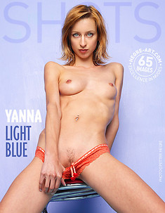Yanna light blue