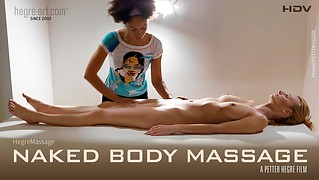 Massage corporel dénudé