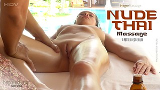 Massage nu Thai