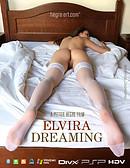 Elvira Soñando