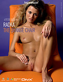 Radka - Le fauteuil orange