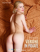 Veroni in Private