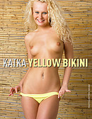 Katka - Bikini jaune